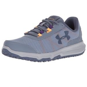 *worn twice* Under Armour Toccoa Pair Size 7